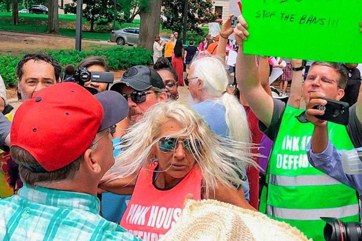 2021-5-17-Jackson-WOmens-Health-Organization-JWHO-Abortion-protest-2019-670.jpeg